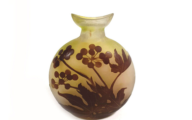 Gallé glass vase with cameo decoration of berries and leaves. Signed.