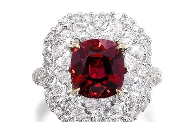 Spinel and diamond ring | 尖晶石配鑽石戒指, Spinel and diamond ring | 尖晶石配鑽石戒指