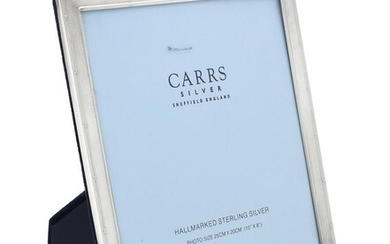 A silver mounted rectangular photo frame by Carr's of Sheffield Ltd.