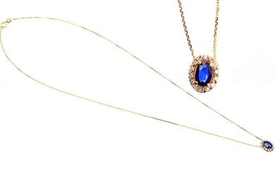 (-), Gold necklace, 14 krt. with an entourage...