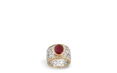 RUBY, DIAMOND AND GOLD RING