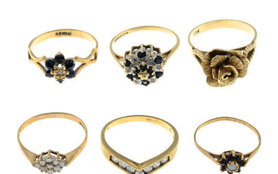 Six rings, to include a 9ct gold diamond cluster ring.