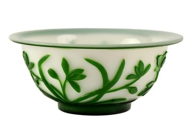 """Chinese Peking Glass Green To White 6"""" Floral Bowl"""