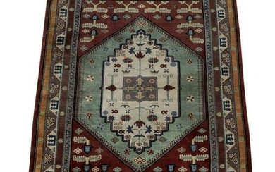 Hand knotted wool Indo-Persian carpet, 8' x 5'