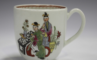 A Worcester porcelain coffee cup, circa 1770, painted in the Mandarin style with a Chinese figure se