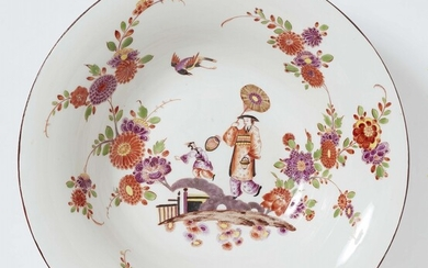A large Meissen porcelain platter with Chinoiserie figures