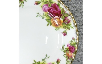 Royal Albert Old Country Rose items to include: Tea set, din...