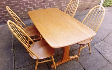 Stunning Ercol Light Elm Windsor Refectory Table with rounded...