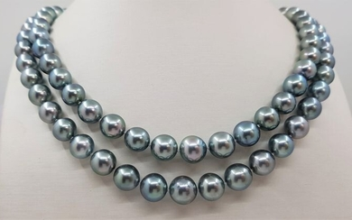 United Pearl - 8x11mm Shimmering Silvery Green Tahitian pearls - Necklace