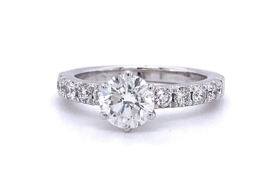 18ct white gold ring, with 1.01ct centre diamond (G/sI2) and...
