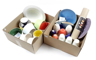 (-), 2 boxes with Cor Unum colorful pottery...