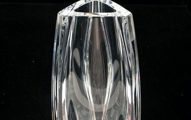 BACCARAT CRYSTAL BOUTON D'OR TRIANGLE BUD VASE