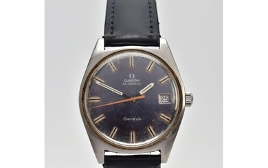 A GENTLEMAN'S OMEGA AUTOMATIC GENEVE WRISTWATCH, the circula...