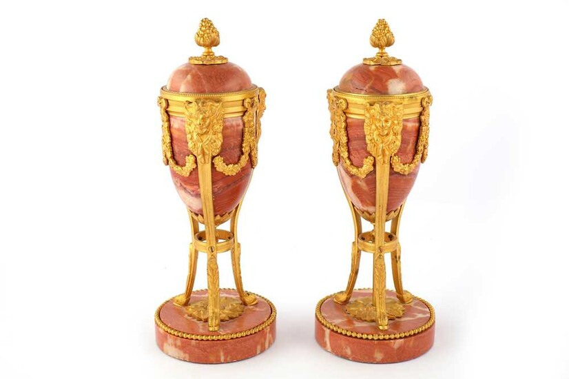 A PAIR OF FRENCH PINK MARBLE AND GILT BRONZE MOUNTED CASSOULETTES, LATE 19TH/EARLY 20TH CENTURY