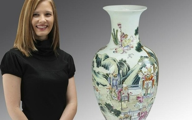 Chinese floor vase, with celestial beings