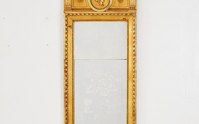 MIRROR, Gustavian carved decoration and pastel layer, the crown with decoration of medallion.