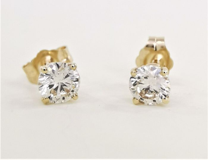 Studs - 14 kt. Yellow gold - Earrings - 0.61 ct Diamond - AIG Certified No Reserve