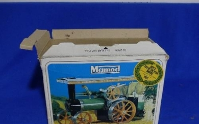Mamod Traction Engine S.E.1a, in good condition, boxed, with...