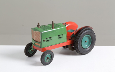 Tractor in painted metal sheet GISEA MILANO
