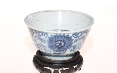 Chinese blue and white bowl with wood stand, 13.5cm diameter...