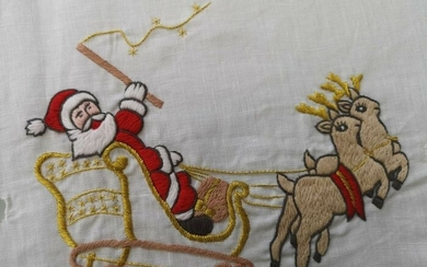 Spectacular Christmas tablecloth x12 stitch embroidery completely by hand 270 x 175 cm - Linen - 21st century
