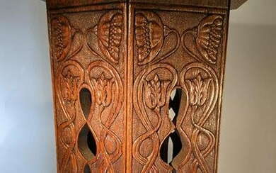 Superbly Carved Art Nouveau Stand