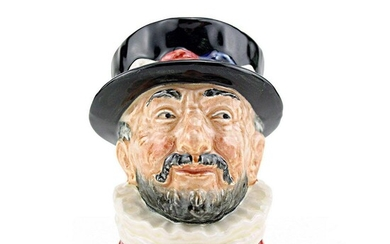 Beefeater GR D6233 - Small - Royal Doulton Character