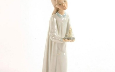 Girl with Candle 1004868 - Lladro Porcelain Figurine