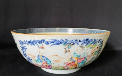 A Large Chinese Export of Figural Blue and White Famile