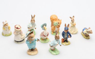A SMALL COLLECTION OF DOULTON AND OTHER BEATRIX POTTER FIGURES.