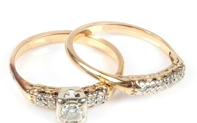 Diamond wedding set in 14K yellow gold; engagement