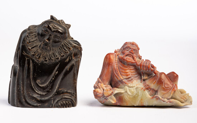 Two figures / sculptures, Budai and elder, soapstone, horn, China (2).