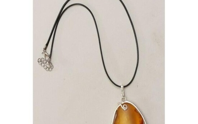 100% natural Baltic amber pendant in silver 925 stamped