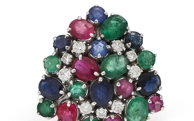 A ring set with numerous emeralds, rubies, sapphires and diamonds, mounted in 14k white gold. Size app. 53. – Bruun Rasmussen Auctioneers of Fine Art