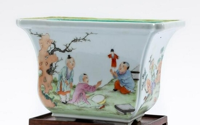CHINESE FIGURAL FAMILLE ROSE JARDINIERE ON STAND