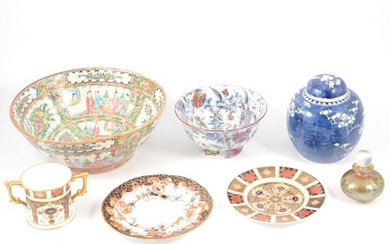 Collection of decorative ceramics and glass