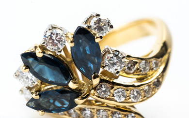 Ring, 750 yellow gold, sapphires and diamonds.
