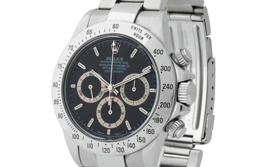 Rolex. Fascinating and Iconic Daytona Chronograph Wristwatch in Steel, Reference 16 520, With Black Cream Subsidiary Dial, Full Set