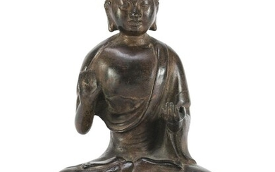 A CHINESE BRONZE SCULPTURE OF BUDDHA. 19TH CENTURY.