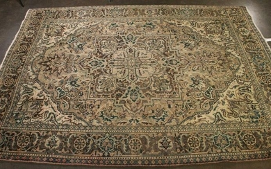 HAND KNOTTED PERSIAN HERITZ GEOMETRIC RUG