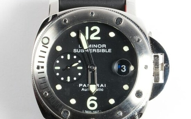 A stainless steel wristwatch, Luminor Submersible