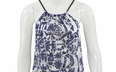 Gucci: A blue and white top made of cotton with thin straps. Size XS. – Bruun Rasmussen Auctioneers of Fine Art