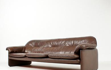 """Leather lounge 3-seater sofa model """"DS 16"""" for DESEDE, Switzerland."""