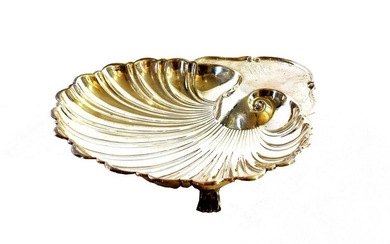 AMERICAN STERLING SILVER SHELL-FORM DISH