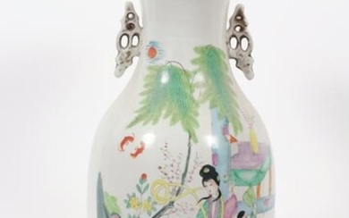 """CHINESE PAINTED PORCELAIN VASE, 20TH C, H 21.5"""", DIA"""