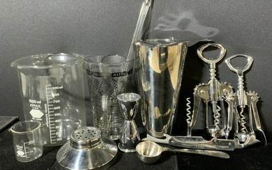 Group Lot 14 Bar Accessories & Others