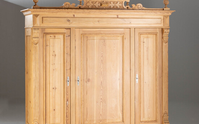 Large historicism hallway cupboard, softwood, end of the 19th century.