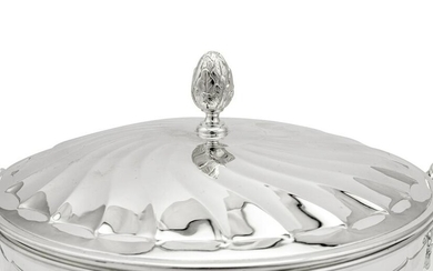 A pair of George V sterling silver vegetable tureens