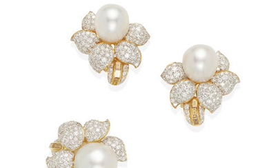 AN 18K GOLD, CULTURED PEARL AND DIAMOND RING AND PAIR OF EARCLIPS