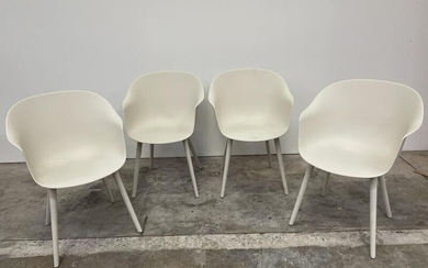 """NOT SOLD. GamFratesi: """"Bat"""". Set of four Ivory coloured plastic chairs with wooden legs. Manufactured by Gubi. (4) – Bruun Rasmussen Auctioneers of Fine Art"""